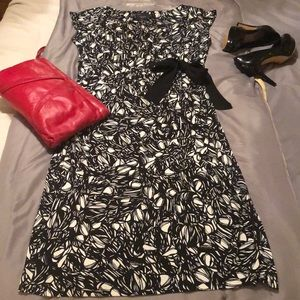 Just ... Taylor size 10 black & white dress.